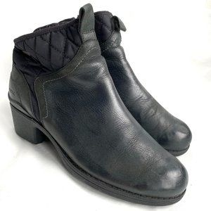 Merrell Chateau booties black leather ankle boots
